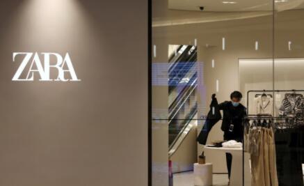 一季度网上销售额猛增67%也帮助服装品牌从有记录以来的首次亏损中恢复过来