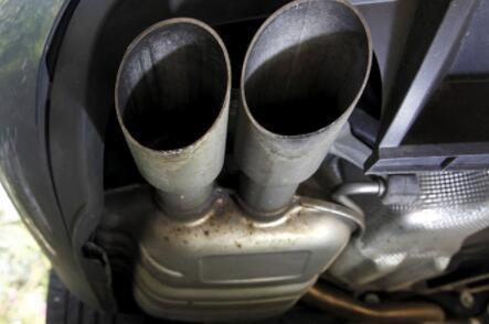 法国以柴油排放调查欺诈指控雷诺