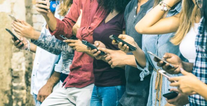 AT&T能否继续增加无线用户